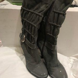 Via Spiga Size 6.5 Suede/Patent Boots